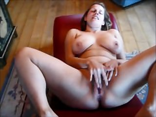 Jenny squirting!