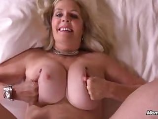 Hot Gilf Gets Fuck!