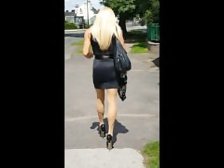 Walking in the sunshine in my tight..