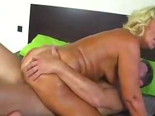 hot mom whore very like to fuck