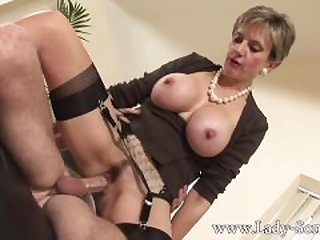 Lady Sonia fucks 2 guys gets covered in..