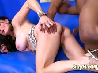 Rina gets youthful big black cock
