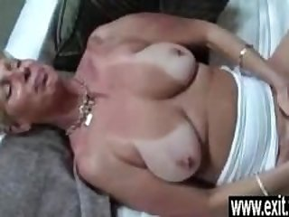 Cougar Silvia seduced her 19 years old..