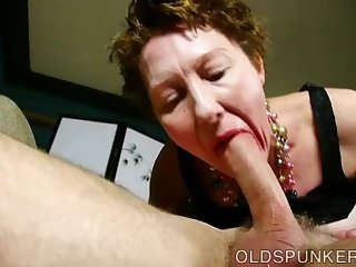 Super cute older lady loves to suck cock..