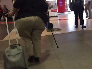 Huge Jiggle Ass Granny