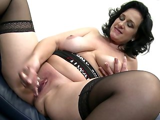 Gorgeous busty mature mother with..