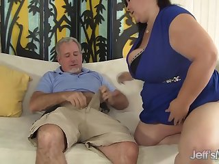 Big titted mature BBW Lady Lynn gets her..