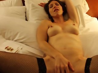 Julie's pussy play
