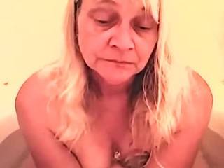 Roberta bathing