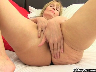 British milf Ila Jane strips off and..