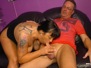 HausFrauFicken - Mature German in..
