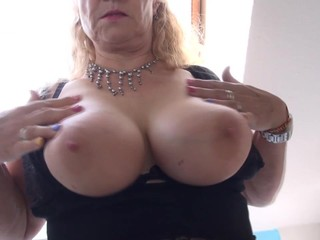 Mature mothers in stockings with hungry..