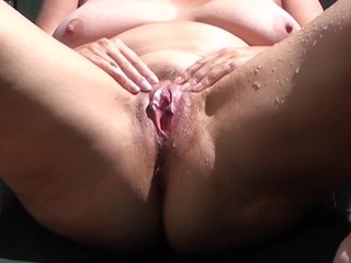 Chubby amateur mature is pissing outdoor