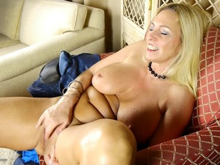GILF with huge tits and perfect old body